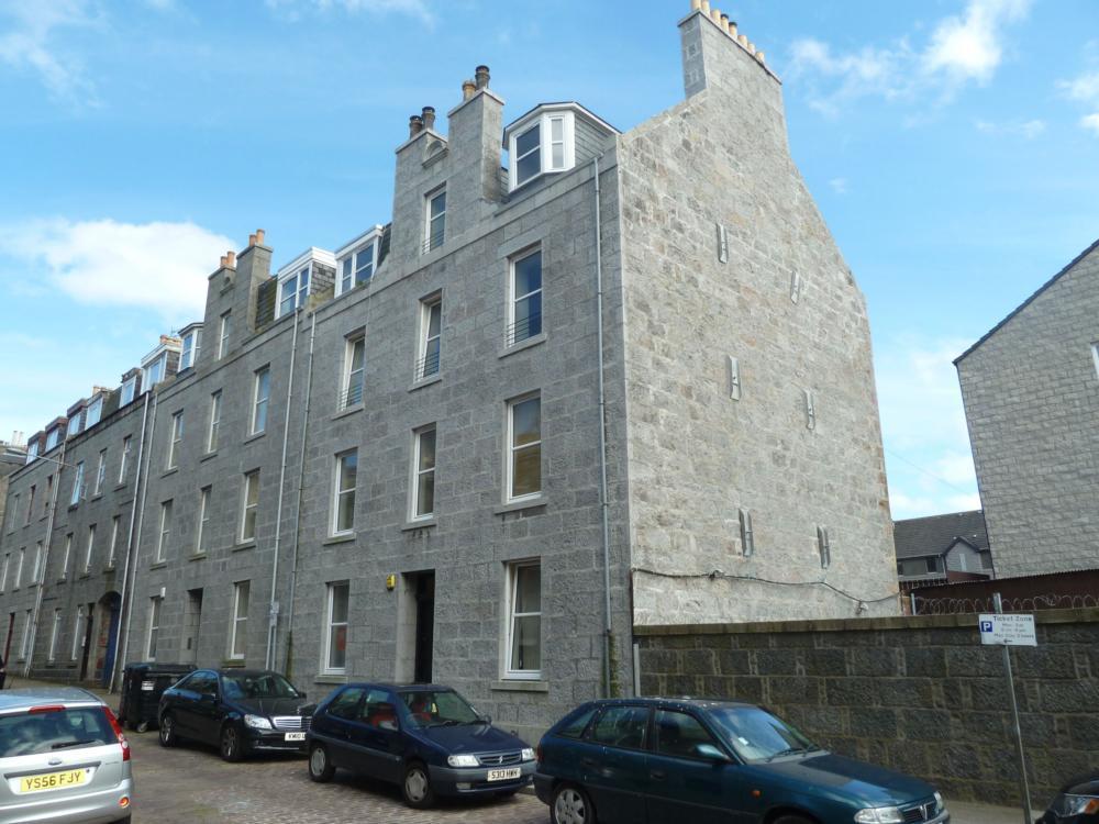 15 Fraser Street, Top Left − Exterior