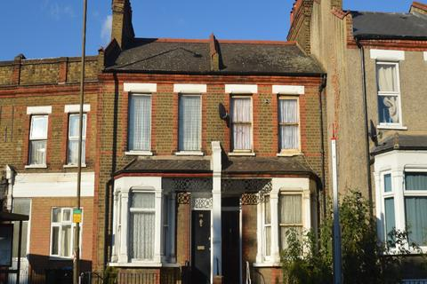 4 bedroom terraced house for sale - Plumstead Common Road, London SE18