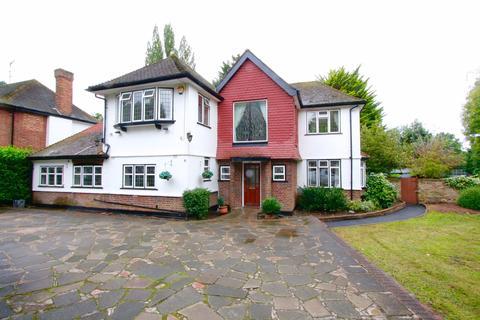 4 bedroom detached house to rent - Bourne End Road Northwood HA6