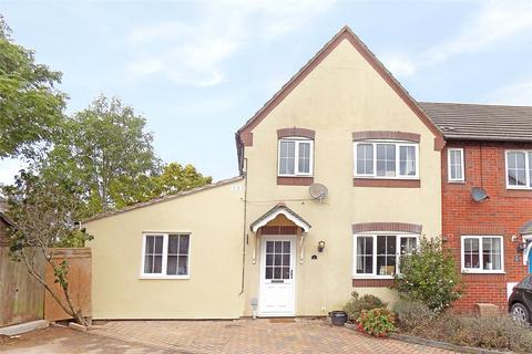 3 bedroom semi-detached house for sale - The Wicket, Lords Way, Exeter, Devon, EX2