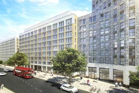 3 bedroom flat to rent - St George`s Circus, London SE1