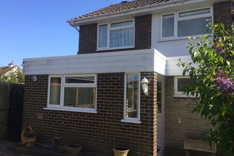 3 bedroom semi-detached house to rent - Barnfeld, Bognor Regis