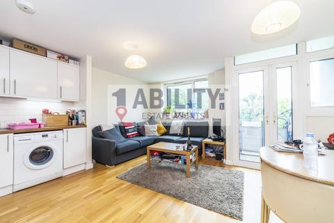 4 bedroom flat to rent - Barlow House