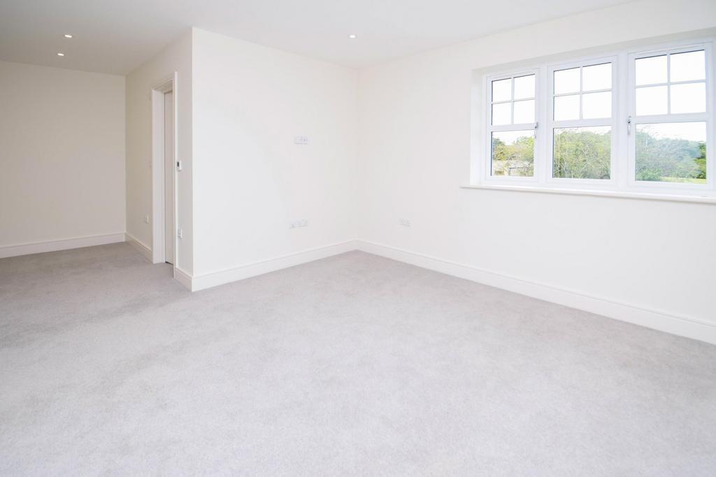 Bedroom 1 (Stock)