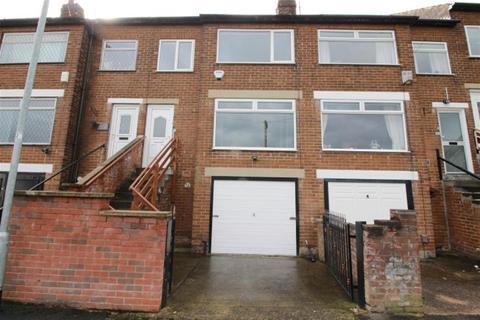 3 bedroom terraced house for sale - Aston Grove, Bramley, LS13