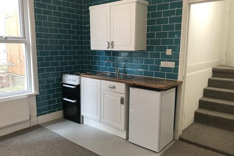 1 bedroom flat to rent - Station Road, WESTCLIFF-ON-SEA