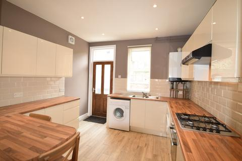 6 bedroom terraced house to rent - Brocco Bank, Sheffield S11