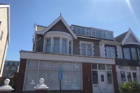 2 bedroom flat to rent - Northumberland Avenue, BISPHAM, FY2 9SB