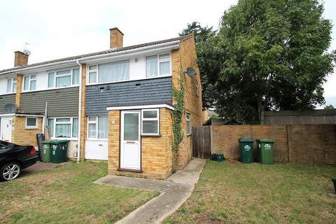 3 bedroom end of terrace house for sale - Mountsfield Close, Stanwell Moor, TW19