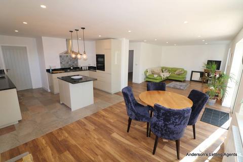 4 bedroom bungalow to rent - Glenfield