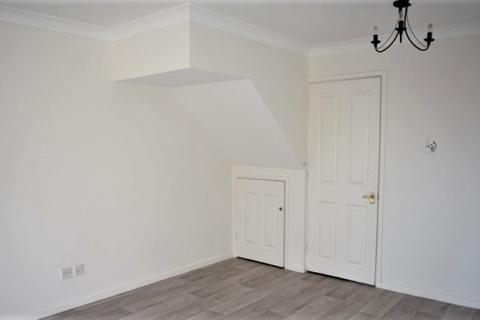 2 bedroom terraced house to rent - 22 Cowper Close Killay Swansea