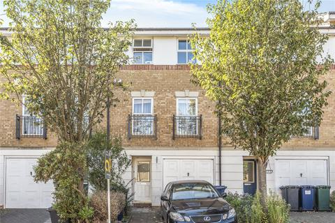 3 bedroom terraced house for sale - Winterburn Close, Friern Barnet, London, N11