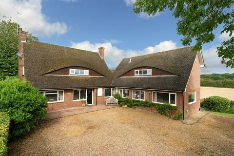 5 bedroom detached house for sale - Swannells Wood, Studham