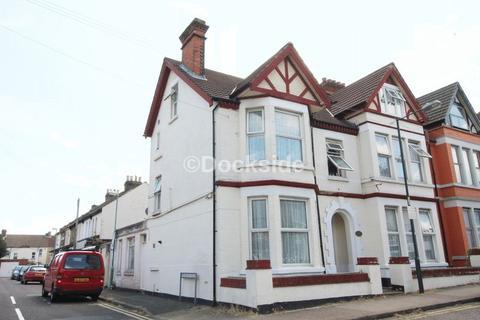 9 bedroom house for sale - Balmoral Road, Gillingham
