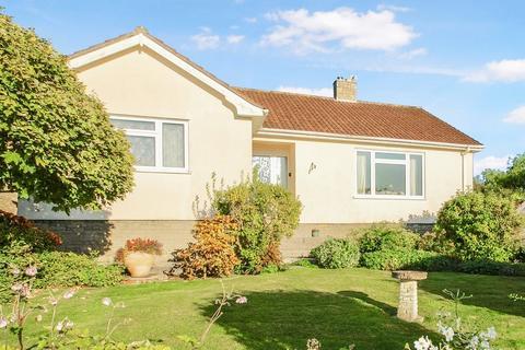 3 bedroom detached bungalow for sale - Walking distance of Wedmore village