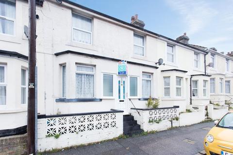 2 bedroom terraced house for sale - Heathfield Avenue, Dover