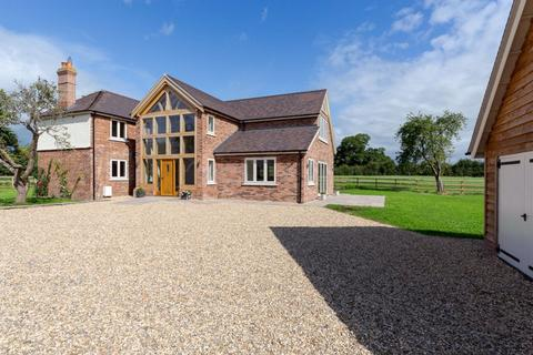 4 bedroom detached house to rent - Wrexham Road, Ridley