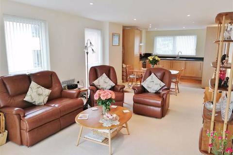 2 bedroom apartment - Meridian Bay, Trawler Road, Marina, Swansea