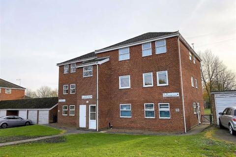 3 bedroom flat for sale - Grasmere Way, Linslade, Leighton Buzzard