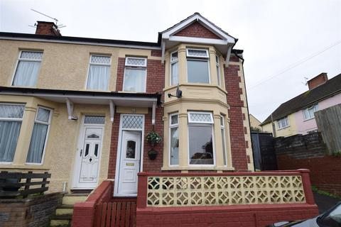 3 bedroom end of terrace house for sale - Hill Street, Barry