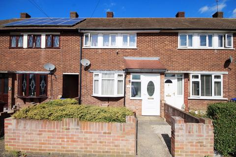 3 bedroom terraced house for sale - Fortin Close, South Ockendon, RM15