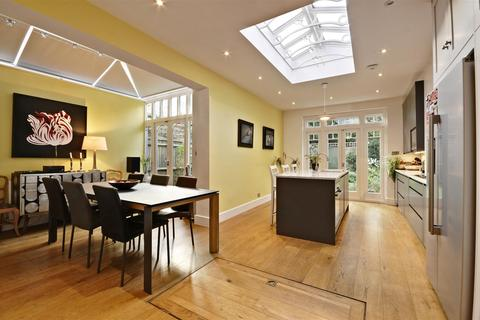 5 bedroom end of terrace house for sale - Woodstock Road, Chiswick, London
