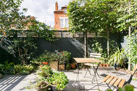 2 bedroom flat for sale - Valley Road, Streatham
