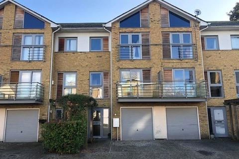 1 bedroom house share to rent - Arundel Square, Maidstone, Kent, ME15