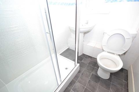 1 bedroom house share to rent - Basingstoke Road, Reading, Berkshire, RG2 0ET.