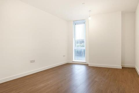 2 bedroom apartment to rent - Royal Winchester House, Bracknell, RG12