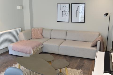 3 bedroom terraced house to rent - Bentinck Street, Manchester, Lancashire, M15