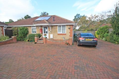 3 bedroom detached bungalow for sale - Orchard Heights, Portsmouth Road, Sholing, SO19 9AR