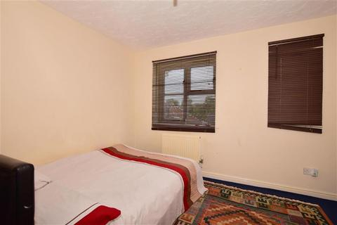 2 bedroom terraced house for sale - The Limes, Ashford, Kent, Kent