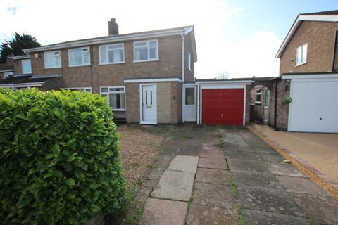 3 bedroom semi-detached house for sale - Kennet Way, Melton Mowbray, LE13