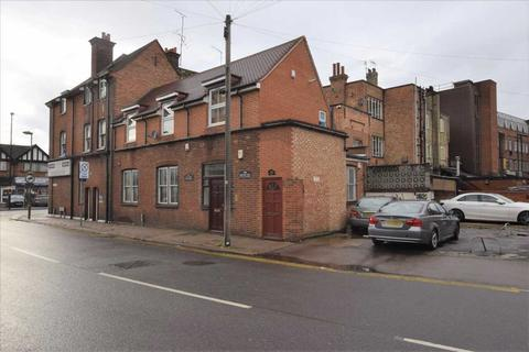 Office to rent - High Street, Edgware