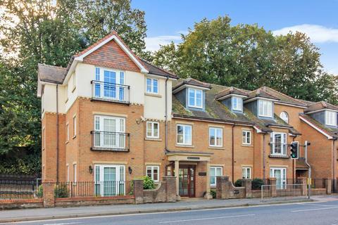 2 bedroom apartment for sale - High Street, Berkhamsted