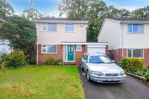 3 bedroom detached house for sale - Potters Way, Lower Parkstone, Poole, Dorset, BH14