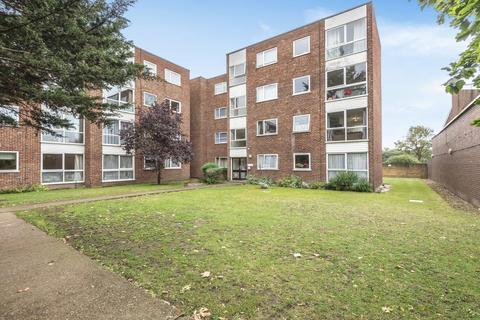1 bedroom flat for sale - Tasman Court, Sunbury-On-Thames, TW16