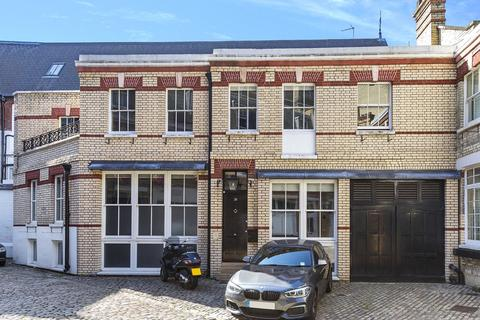 2 bedroom mews for sale - Grosvenor Gardens Mews South, Belgravia, London, SW1W