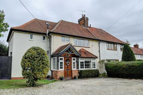 3 bedroom semi-detached house to rent - Ellesborough Road, Little Kimble