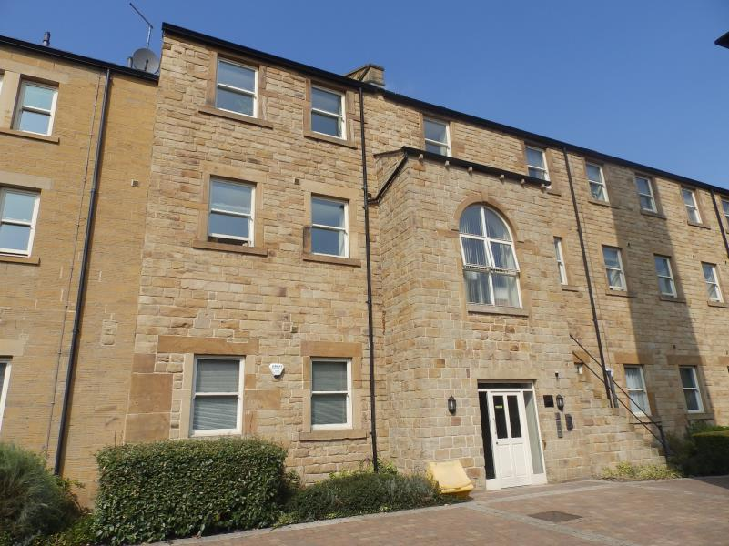 1 Bedroom Flat for sale in JOSHUA HOUSE, TEXTILE STREET, DEWSBURY, WF13 2EY