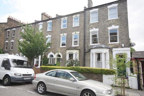 4 bedroom terraced house to rent - Perth Road, Finsbury Park, N4