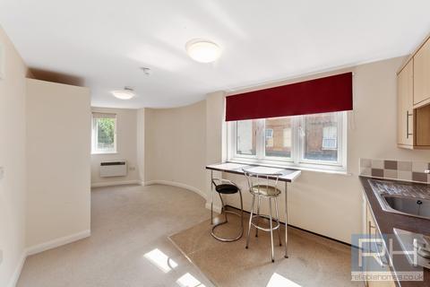 Studio to rent - Hornsey Road, London, N7