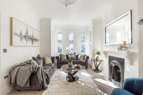 3 bedroom terraced house for sale - Waldegrave Road, Hornsey