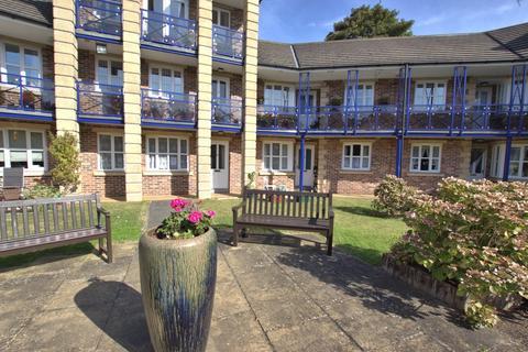 1 bedroom apartment for sale - Avenue Court, Westgate, Bridlington
