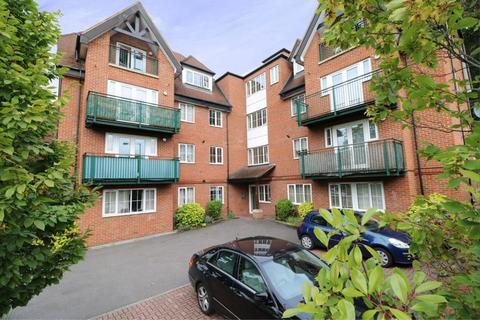 2 bedroom apartment for sale - Foxley Lane, Purley