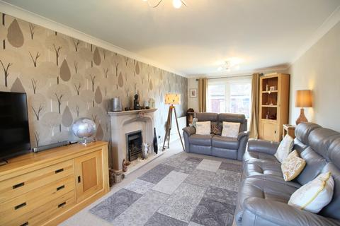 4 bedroom detached house for sale - Whitelands, Driffield