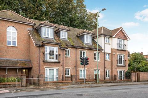 2 bedroom apartment for sale - Gilhams Court, High Street, Berkhamsted, Hertfordshire, HP4
