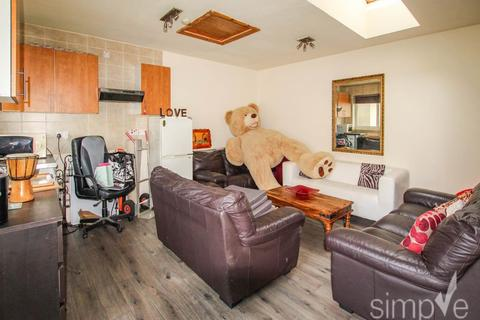 Studio - Adrienne Avenue, Southall, Middlesex