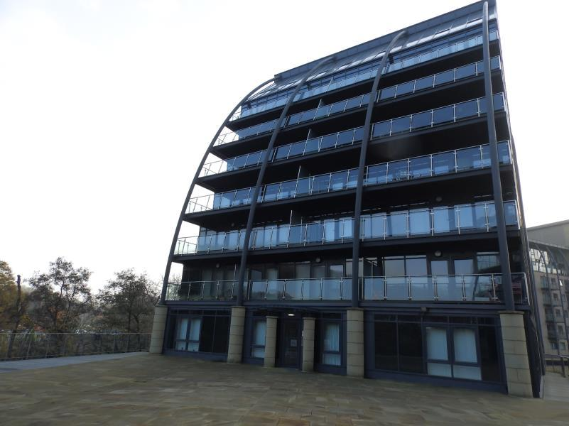 1 Bedroom Flat for sale in VM2, SALTS MILL ROAD, SHIPLEY, BD17 7DD